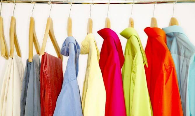पुराने कपड़ों को नया बनायें