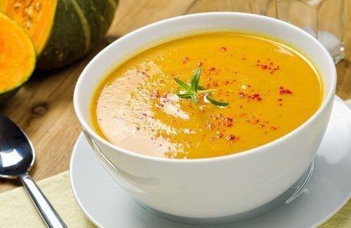 5 चमत्कारिक वजन घटाने वाले सूप