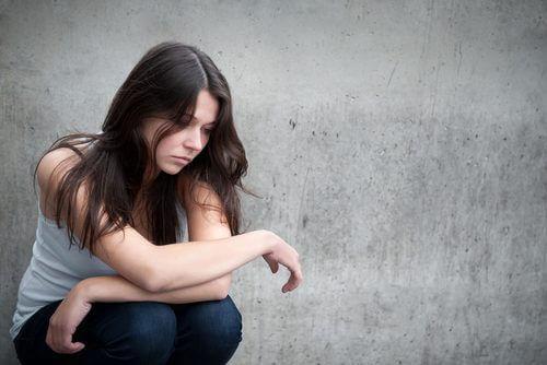 डिप्रेशन के लक्षण से निरंतर बदलती मनोदशा