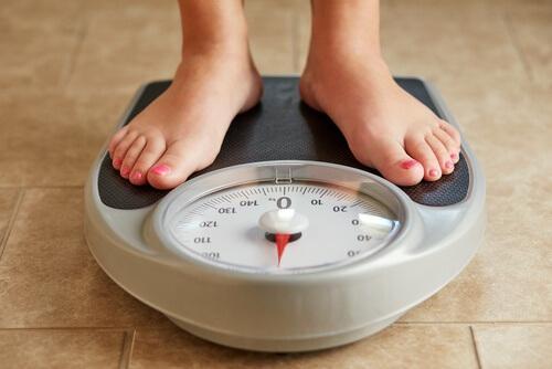फेफड़े के कैंसर : वजन घटना