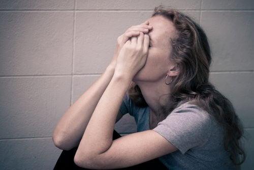 7 अदृश्य प्रभाव मनोवैज्ञानिक शोषण के