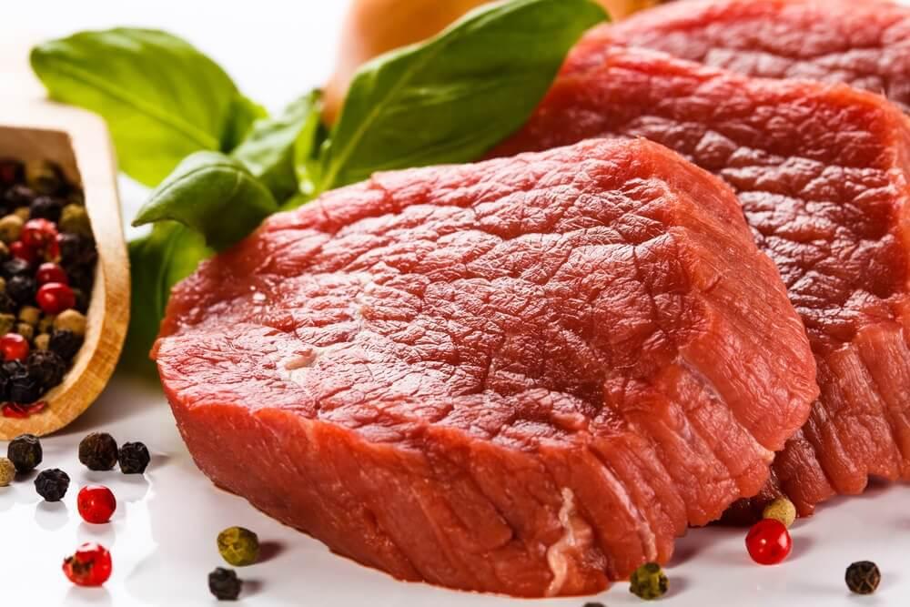 खून में आयरन: आयरन से भरपूर खाना खायें