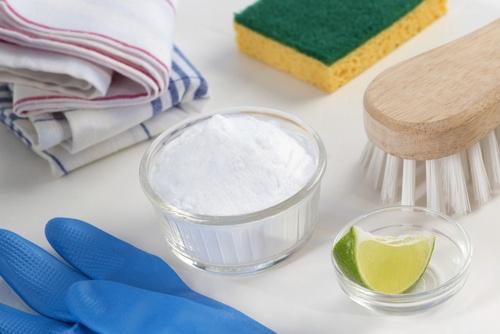 5 आसान नेचुरल तरीकों से सफेद कपड़ों की चमक निखारें