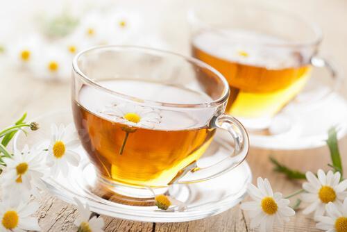 कैमोमाइल चाय - मुंह के छालों के लिए