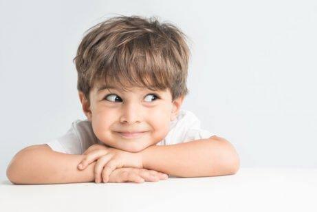 बच्चों के लिए देर से सोना ख़राब - एकाग्रता में कमी