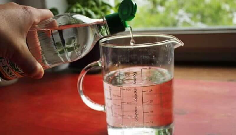 ऑक्सीकृत पानी: सफ़ेद सिरका