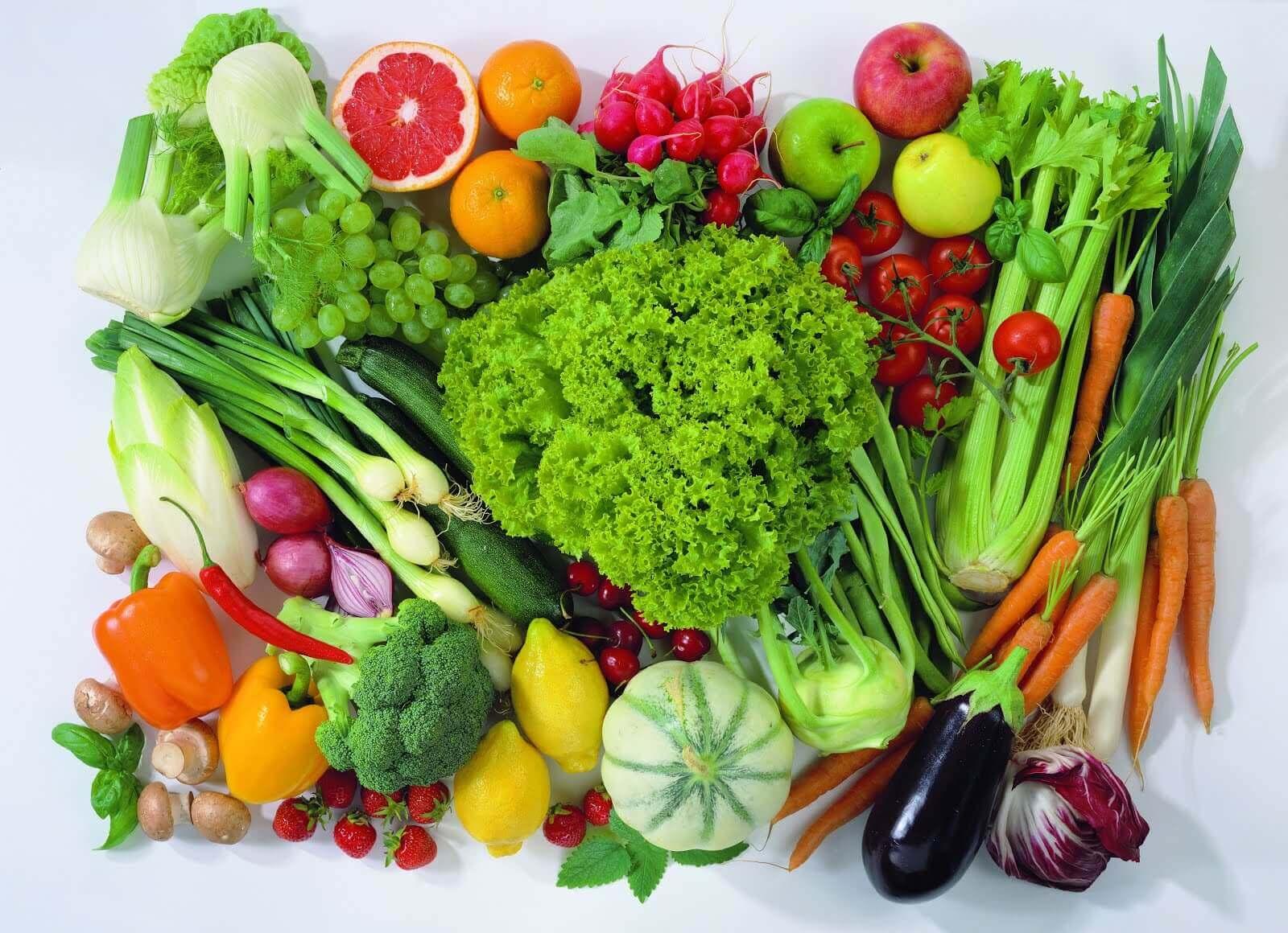 मेनोपाज के समय फलों और सब्ज़ियों का ज़्यादा सेवन करें