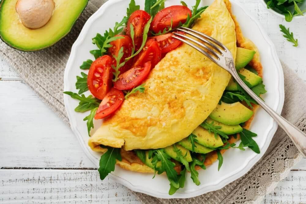 मेनोपाज के समय संतुलित नाश्ता खाएँ