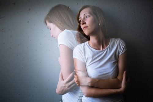 एंग्जायटी अटैक: इससे उबरने के लिए ज़रूरी सुझाव