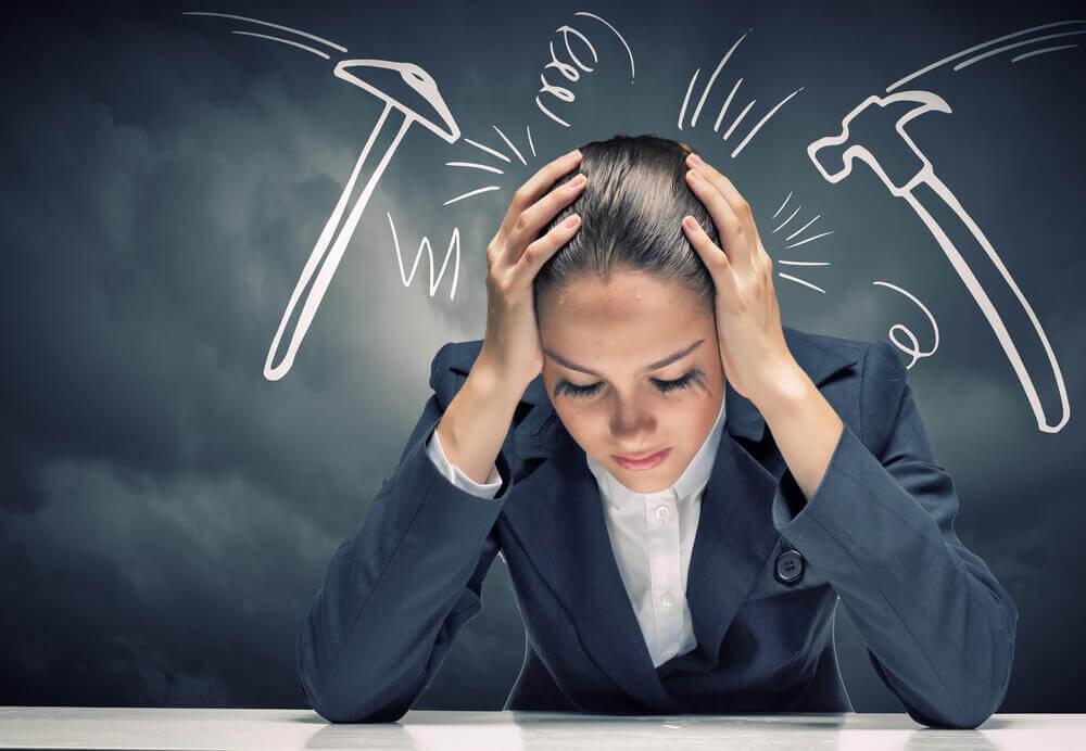 भावनात्मक थकान: खोयी एनर्जी को वापस कैसे पायें