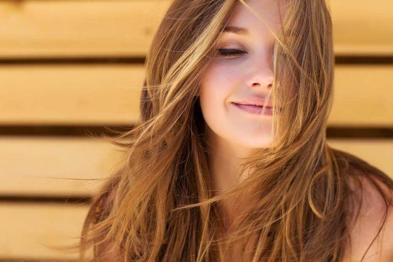 रोज़मेरी के इन 5 नुस्खों के साथ पायें सुंदर बाल