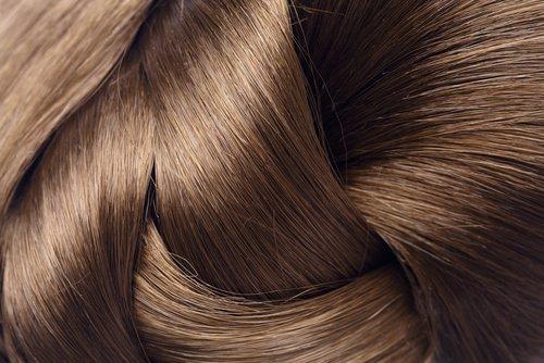 4-सिल्की बाल