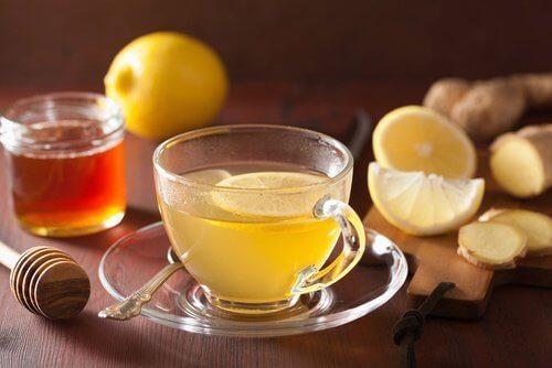 नींबू वाली चाय से अपना वज़न कम करें