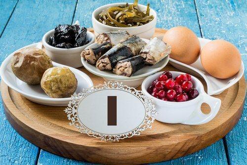 आयोडीन-युक्त आहार का सेवन कर हाइपोथाइरोइडिज्म से लड़ा जा सकता है