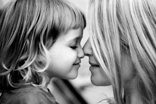 प्यार से बच्चों की परवरिश उनके डर को दूर भगाती है