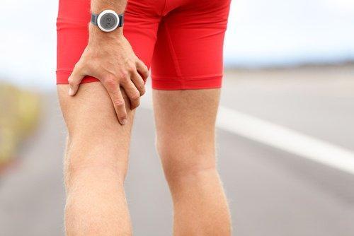 टॉप-10 डायबिटीज के संकेत: हाथ-पैर सुन्न पड़ जाना, झुनझुनी होना