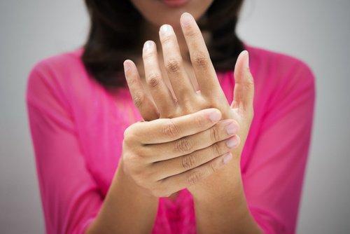 7 लक्षण खराब ब्लड सर्कुलेशन के जिन्हें अक्सर अनदेखा किया जाता है
