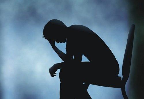 शरीर पर उदासी के क्या असर होते हैं?