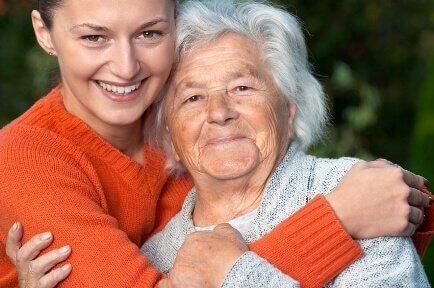अल्ज़ाइमर की शुरुआती पहचान: बुजुर्ग