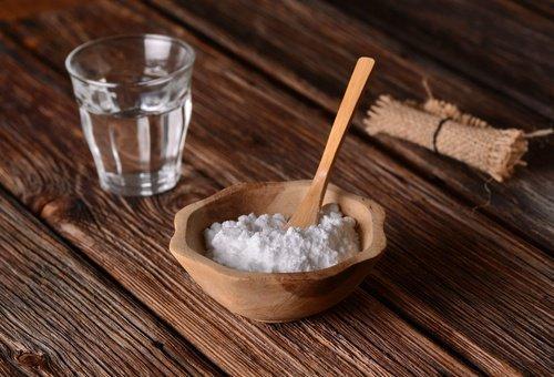 pH लेवल: बेकिंग सोडा और पानी(Baking soda and water)