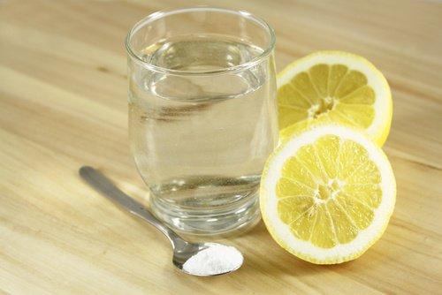 pH लेवल: बेकिंग सोडा और नींबू