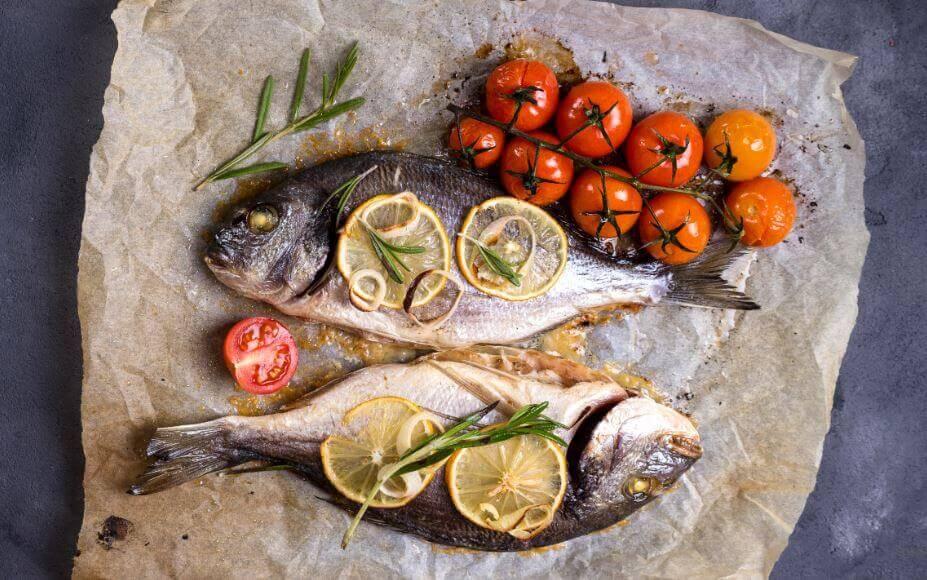 मछली और सब्जियां