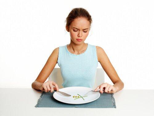 नाश्ते में बहुत कम खाना खाना