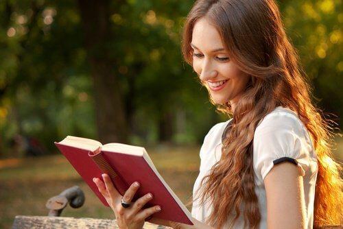 रिश्ते को सुरक्षित रखने के लिए व्यक्तिगत जीवन से मुंह न मोड़ें