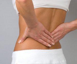 सर्वाइकल कैंसर सिम्पटम - निचली पीठ में मरोड़