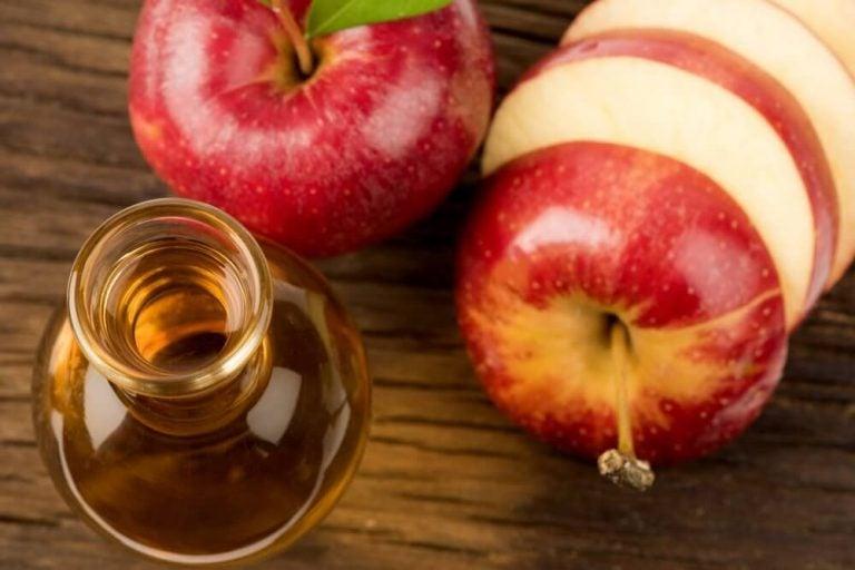 सेब के सिरके की मदद से कोलेस्ट्रॉल और ब्लड शुगर घटाएं