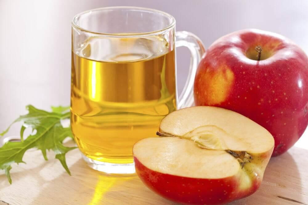 सेब के सिरके सेबढ़ेहुए कोलेस्ट्रॉल और ब्लड शुगर का इलाज