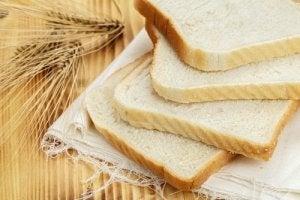 हाइपरटेंशन में परहेज : ब्रेड