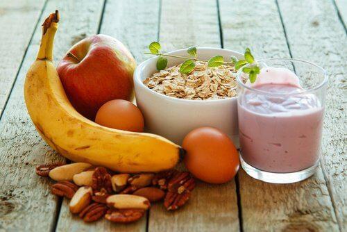 अधिक ऊर्जा के लिए नाश्ते में ये 6 चीज़ें खाएं