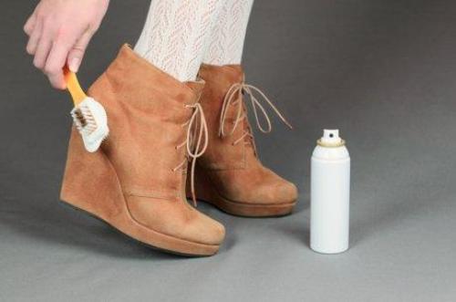 अपने जूते को साफ करने का तरीका जानें
