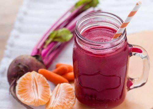 7 खाद्य पदार्थ: लीवर और पैंक्रियाज़ की सूजन से लड़ने के लिए