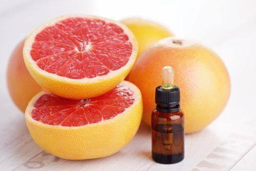 3. चकोतरा (Grapefruit) के बीज का रस