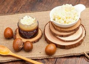 क्रो'ज फूट : शीया बटर के फायदे