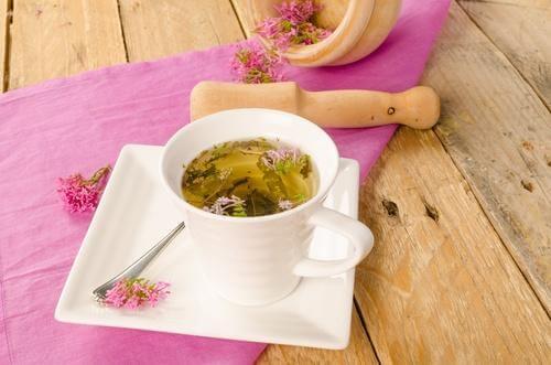 वैलेरियन चाय की मदद से चैन की नींद लें