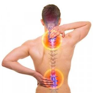 पीठ के निचले हिस्से में दर्द के सबसे सामान्य कारण