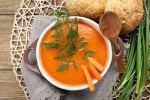 फैट जलाने वाले सूप : गाजर, कद्दू और अदरक