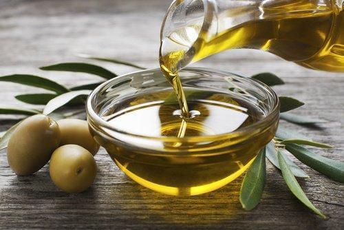 जैतून के तेल की मदद से लगाएं ट्राइग्लिसराइड के अपने स्तर पर लगाम