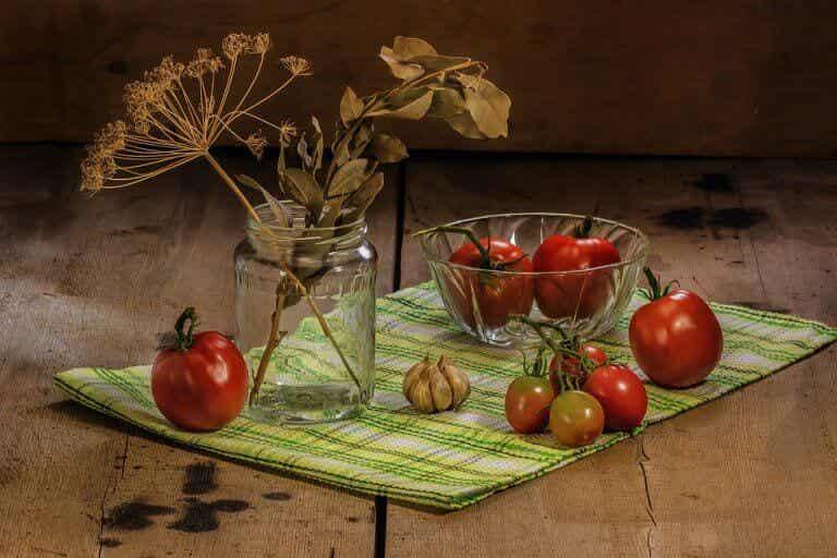 तेज पत्ते का तेल (Bay leaf oil) खुद बनाकर उठाइये ये अविश्वसनीय फायदे