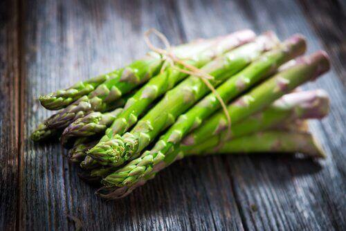 यूरिनरी इन्फेक्शन का इलाज : शतावरी (Asparagus)