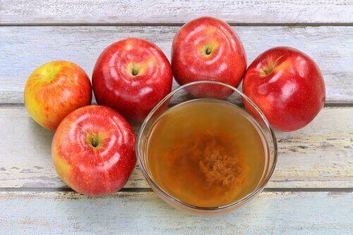 वेजाइनल डिस्चार्ज सेब का सिरका (Apple cider vinegar)
