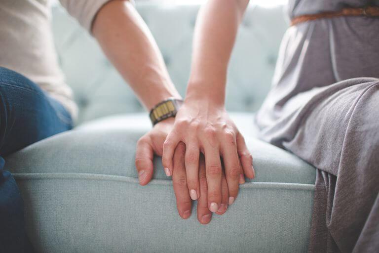 ऑब्सेशन की जगह प्यार को एक मौका दें