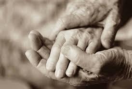 ढलती उम्र में होने वाला प्यार आपको काफ़ी कुछ सिखा सकता है