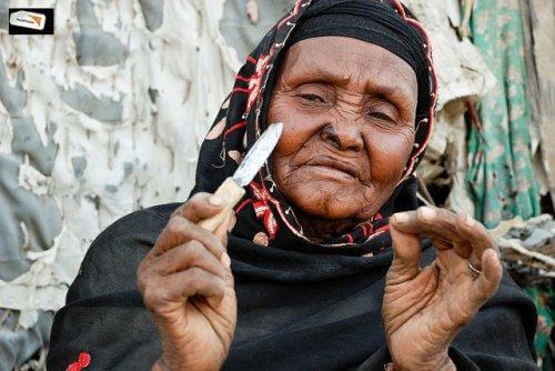 महिला खतनाः हजारों महिलाओं का ख़ौफनाक दर्द