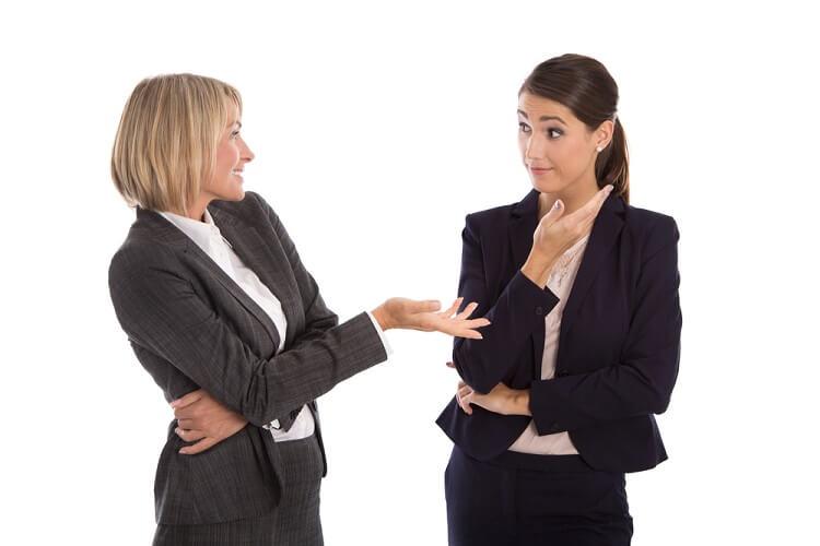 लोगों को आकर्षित करने की मनोवैज्ञानिक तरकीबों में आपकी अनकही बातें भी आ जाती हैं