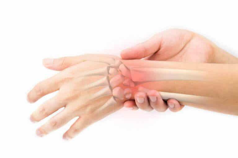 डंडेलियन ड्रिंक: हड्डियों की देखभाल के लिए एक घरेलू नुस्खा