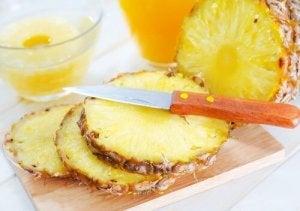यूरिनरी ट्रैक्ट इन्फेक्शन :  अनन्नास (Pineapple)